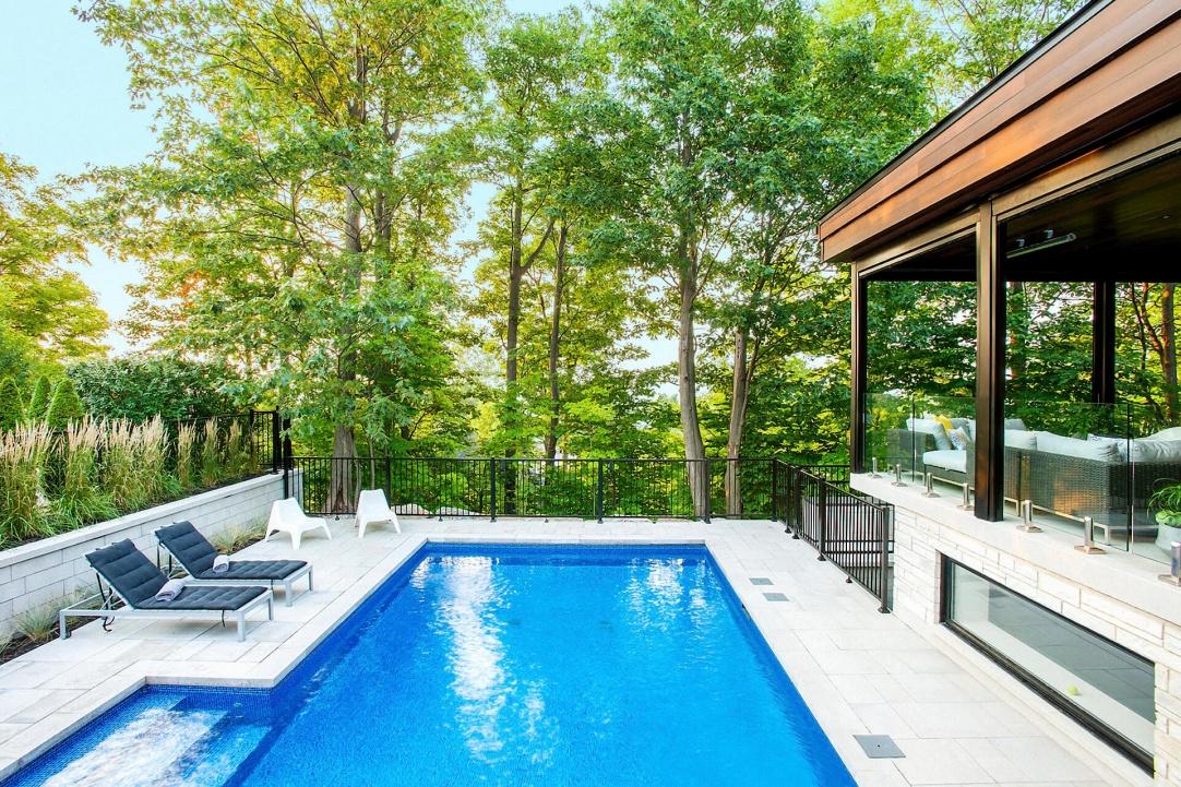 L gance et prestige am nagement entretien paysager for Club piscine rive sud montreal